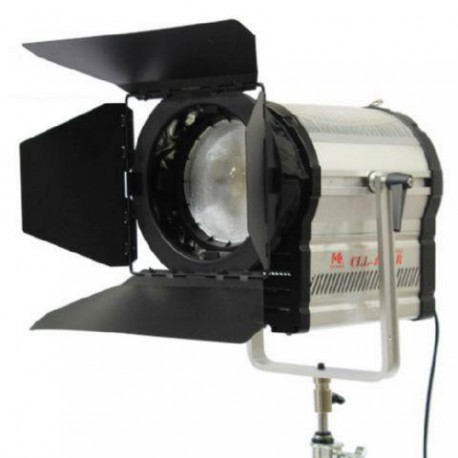 3200K LED Spot Lamp Dimbaar CLL-4800R op 230V - Falcon Eyes